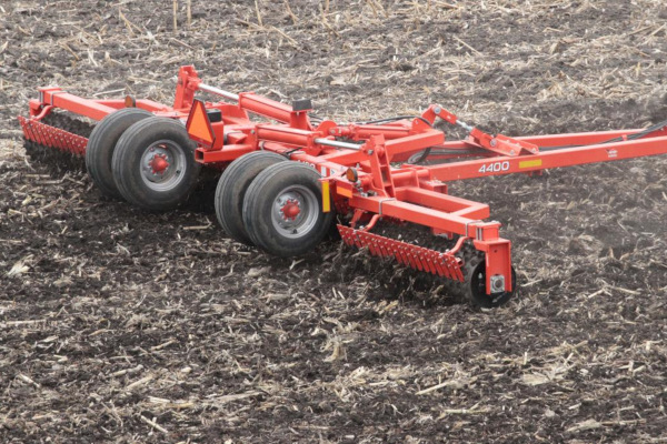 Kuhn 4400-32 for sale at Salem Farm Supply, New York