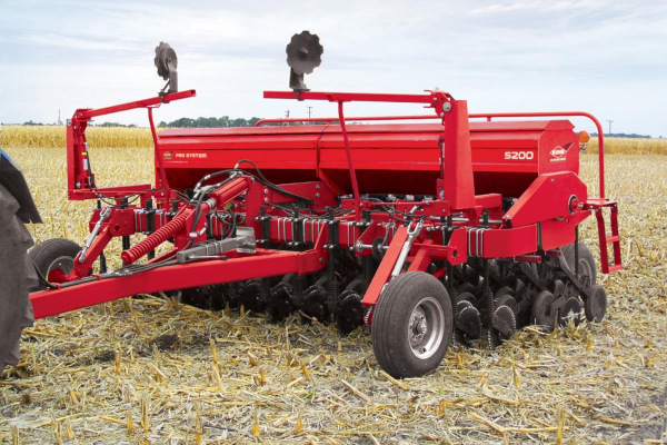 Kuhn | Mechanical Seed Drills | 5200 Grain Drill for sale at Salem Farm Supply, New York