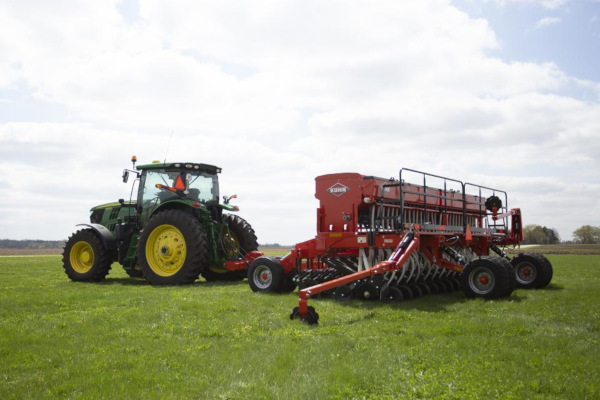 Kuhn | Mechanical Seed Drills | 9400 Series for sale at Salem Farm Supply, New York