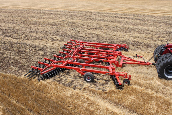 Kuhn | Disc Harrows | Class III: Primary Tillage for sale at Salem Farm Supply, New York