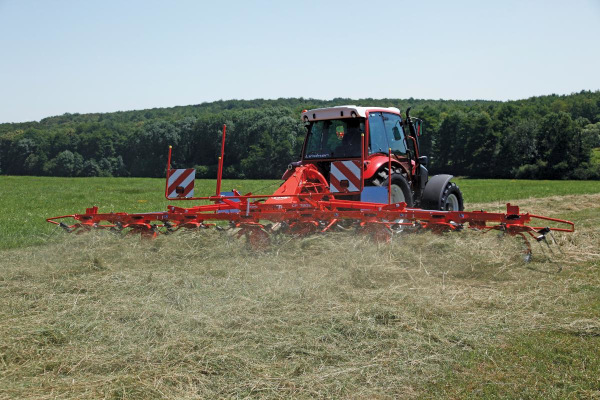 Kuhn | GF 1002 Series | Model GF 7902 for sale at Salem Farm Supply, New York
