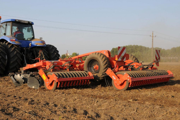 Kuhn | High-Speed Conventional Tillage | Optimer+ 103 Mounted Series for sale at Salem Farm Supply, New York