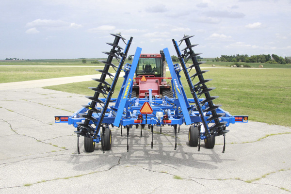 Landoll | Primary Tillage | 2211 Series Ripoll for sale at Salem Farm Supply, New York