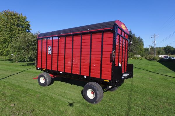 Meyer Farm | Rear Unload Forage Boxes | RT100 Series Wagon / Cart / Truck Mount for sale at Salem Farm Supply, New York