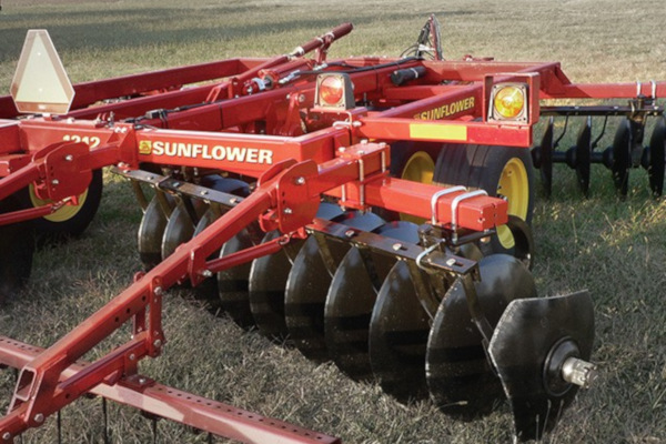 Sunflower | Tandem Disc Harrows | Model 1212 Tandem Disc Harrows for sale at Salem Farm Supply, New York