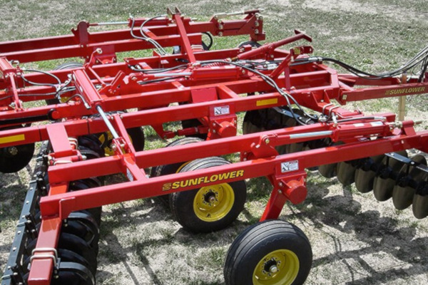 Sunflower | Tandem Disc Harrows | Model 1234 Three-Section Tandem Disc Harrows for sale at Salem Farm Supply, New York