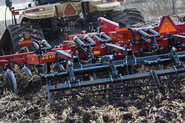 Sunflower | Primary Tillage | 4600 Series Disc Rippers for sale at Salem Farm Supply, New York