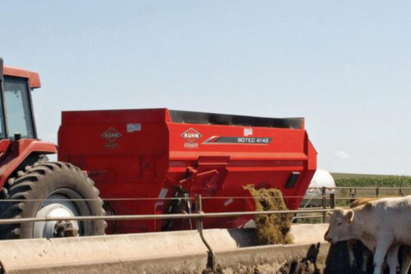 Kuhn 4136 Truck for sale at Salem Farm Supply, New York